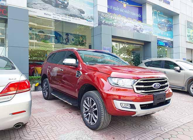 Giá lăn bánh xe Ford Everest 2019 mới nhất - Ford Everest Trend chỉ từ 999 triệu đồng - 4