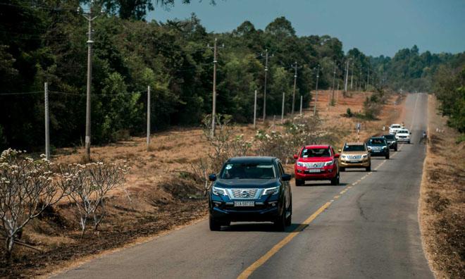 Nissan Việt Nam giảm giá cho SUV 7 chỗ Terra 2019 - 7