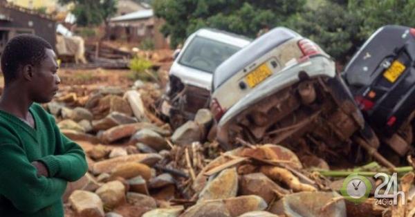 """Loạt ảnh cho thấy sức tàn phá của siêu bão khiến """"hơn 1.000 người chết"""""""
