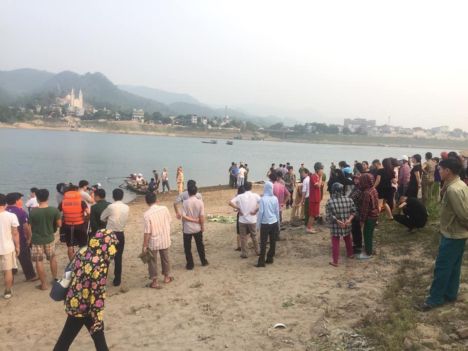 """Nóng 24h qua: Bộ Văn hóa yêu cầu làm rõ thông tin """"gọi vong, báo oán"""" ở chùa Ba Vàng - 1"""