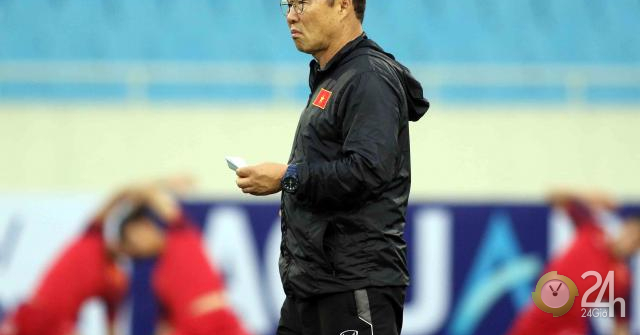 Tại sao HLV Park Hang Seo cho U23 Việt Nam tập giữa trưa?