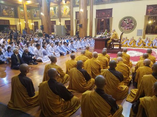 Lý do 40 tăng ni xin xuất chúng, bỏ đi khỏi chùa Ba Vàng - 1