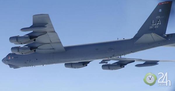 Chiến đấu cơ Su-27 Nga truy đuổi pháo đài bay B-52: Mỹ nói gì?