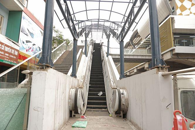 Sau nhiều lần lỡ hẹn, đường sắt Cát Linh-Hà Đông đang xây dựng thế nào? - 10