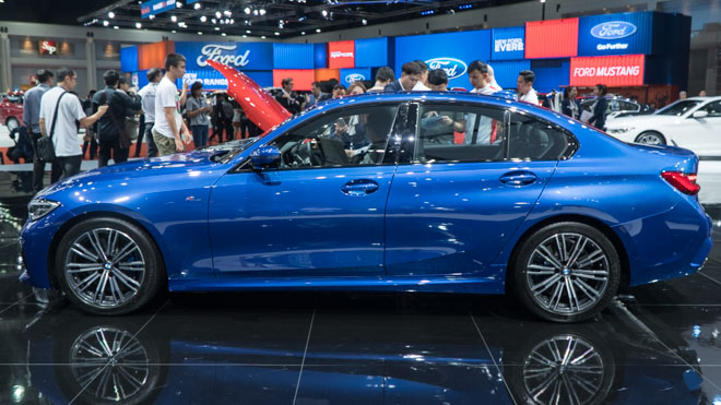 Cận cảnh BMW 3-Series G20 và BMW Z4 thế hệ mới vừa ra mắt tại Thái Lan - 2