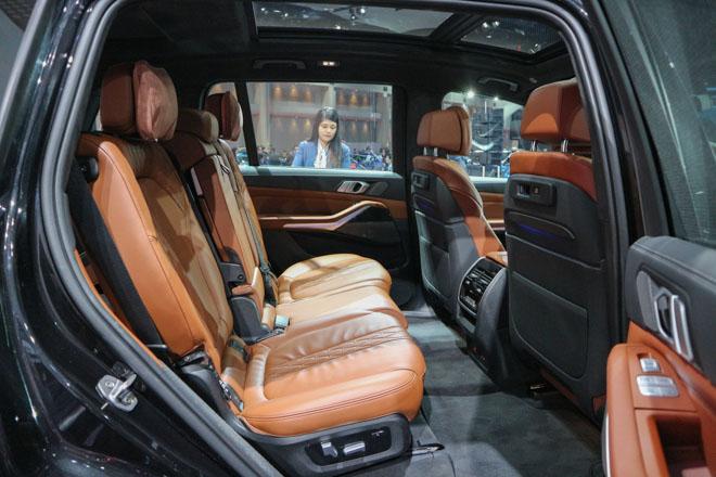 """""""Khủng long"""" BMW X7 chào sân Đông Nam Á với giá bán từ 6,5 tỷ đồng - 9"""