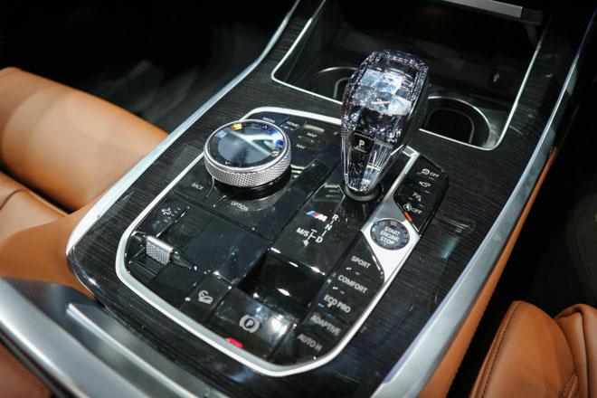 """""""Khủng long"""" BMW X7 chào sân Đông Nam Á với giá bán từ 6,5 tỷ đồng - 15"""