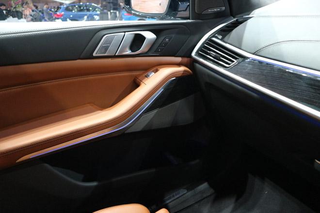 """""""Khủng long"""" BMW X7 chào sân Đông Nam Á với giá bán từ 6,5 tỷ đồng - 16"""