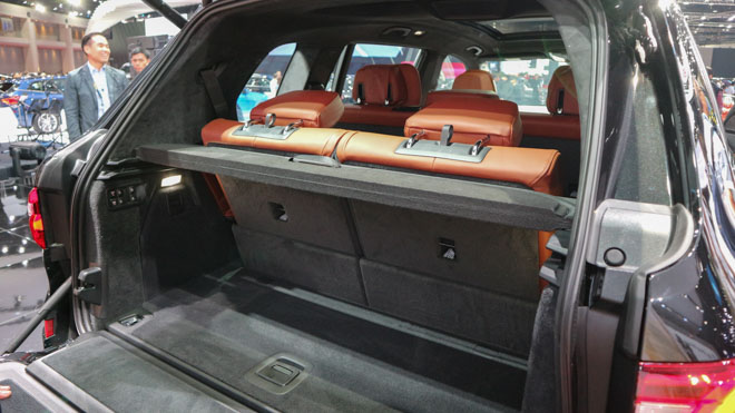 """""""Khủng long"""" BMW X7 chào sân Đông Nam Á với giá bán từ 6,5 tỷ đồng - 11"""