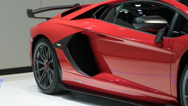 Siêu phẩm Lamborghini Huracan lần đầu ra mắt Đông Nam Á - 8