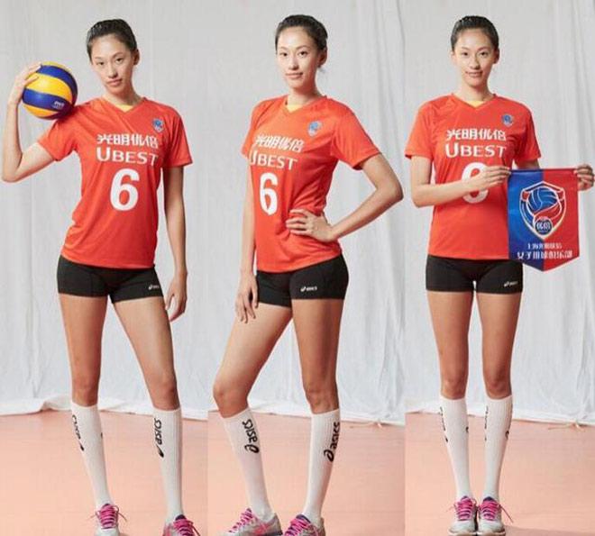 """""""Chân dài"""" bóng chuyền Trung Quốc 1m88 tuyệt đẹp như người mẫu - 1"""