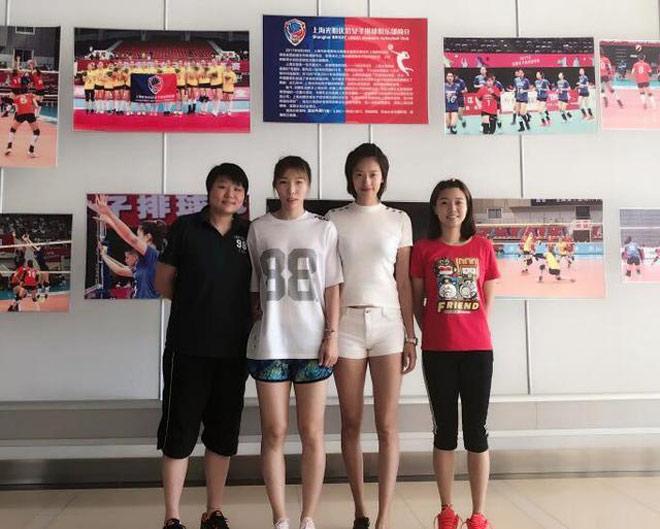 """""""Chân dài"""" bóng chuyền Trung Quốc 1m88 tuyệt đẹp như người mẫu - 2"""