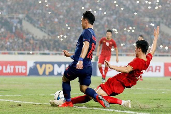 Lạ mắt chiêu ăn mừng thắng trận kiểu công nghệ 4.0 của CĐV Việt Nam - 1