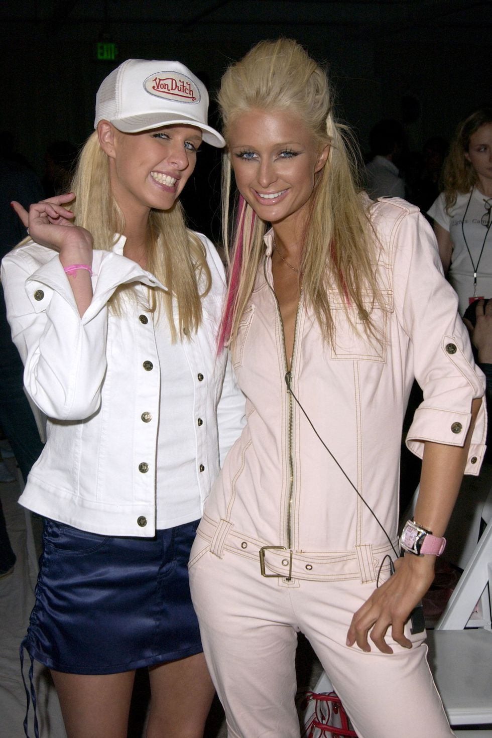 """Chúng ta mặc gì vào thời """"em muốn đến những năm 2000"""" - 11"""
