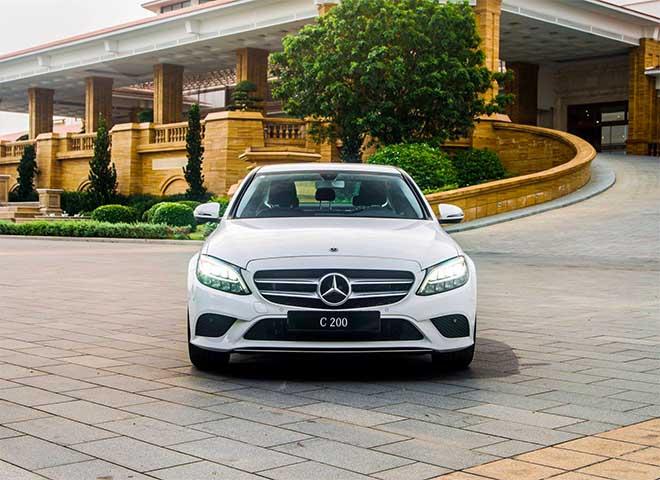 Giá xe Mercedes C Class với các phiên bản mới nhất 2019 - 1