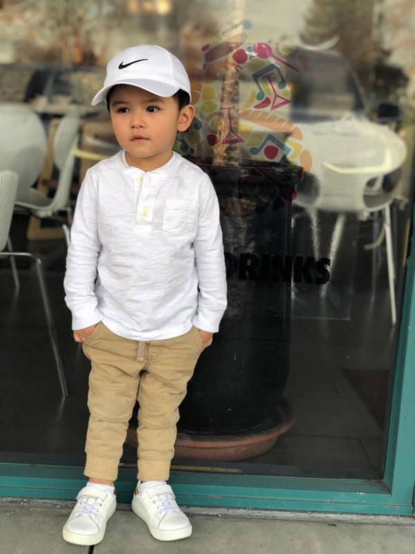 """Mới 2 tuổi, con trai Đan Trường đã đầy quần áo hàng hiệu, xứng danh """"Rick Kid"""" - 3"""