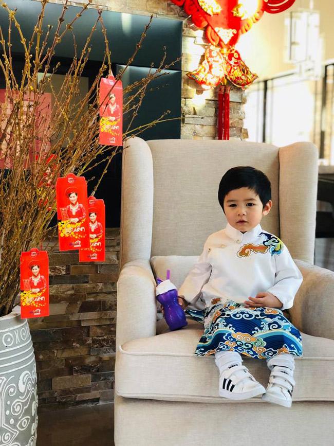 """Mới 2 tuổi, con trai Đan Trường đã đầy quần áo hàng hiệu, xứng danh """"Rick Kid"""" - 4"""