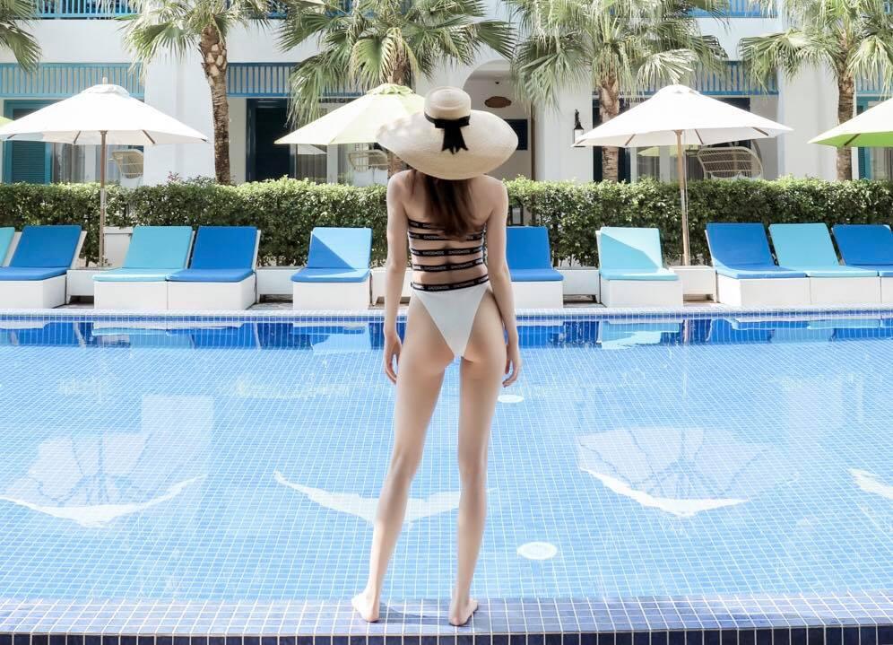 """Đỗ Mỹ Linh, Phương Khánh, Hồ Ngọc Hà """"đụng hàng"""" một bộ đồ tắm - 6"""