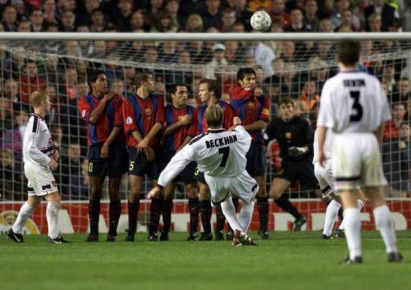 """Duyên nợ MU - Barca cúp C1: Beckham vẽ """"cầu vồng"""" tuyệt đỉnh, nâng tầm siêu sao - 1"""