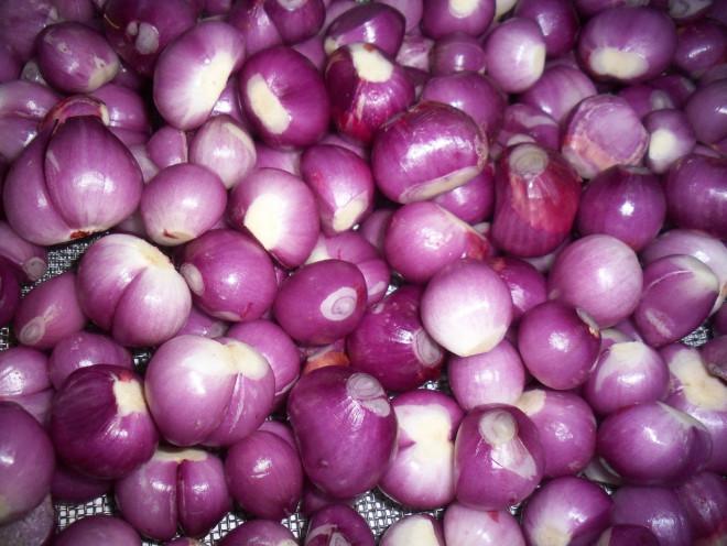 Cách muối hành củ chua ngọt để cả năm vẫn giòn tan, không nổi váng - 1