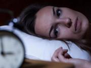 Khi bị mất ngủ, khó ngủ do lo âu: Muốn dễ ngủ, ngủ sâu chỉ cần làm thế này thôi!