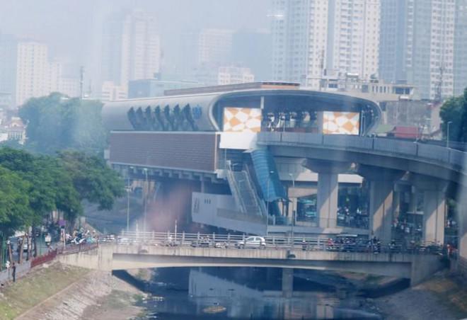 Đường sắt Cát Linh - Hà Đông lại lỡ hẹn: 13 đoàn tàu chưa được kiểm định an toàn - 1