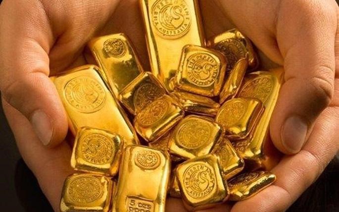 Giá vàng hôm nay 9/1: Lao dốc không phanh, nhà đầu tư lỗ cả triệu sau 1 ngày - 1