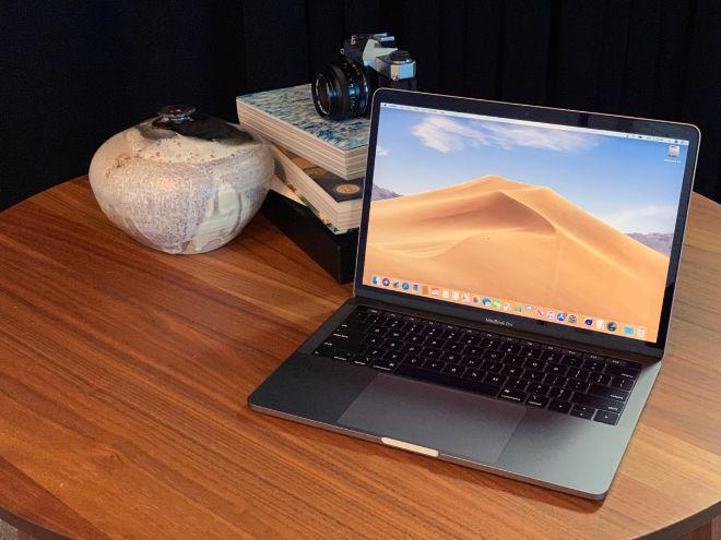 """Chọn phiên bản MacBook nào """"vừa rẻ vừa chất"""" cho Tết Canh Tý? - 1"""