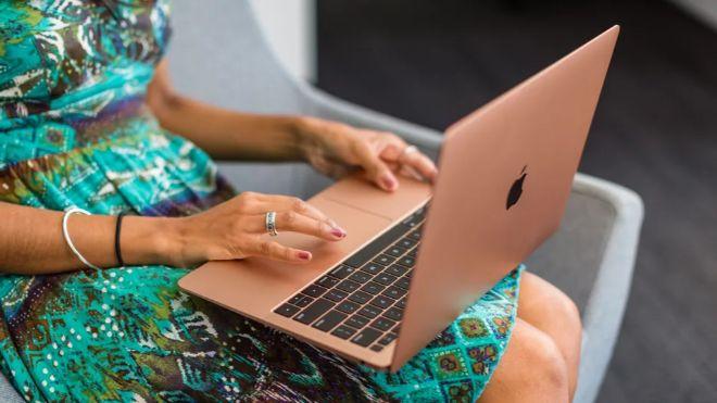 """Chọn phiên bản MacBook nào """"vừa rẻ vừa chất"""" cho Tết Canh Tý? - 2"""