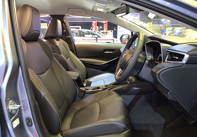 Cận cảnh Toyota Corolla Altis 2020 hoàn toàn mới tại Singapore Motor Show - 7