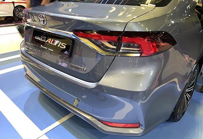 Cận cảnh Toyota Corolla Altis 2020 hoàn toàn mới tại Singapore Motor Show - 8