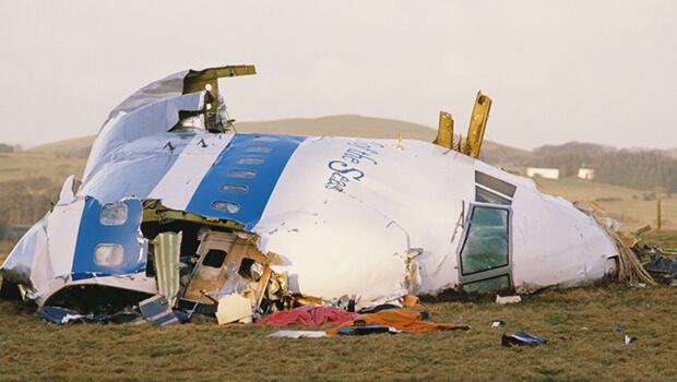 Mỹ từng bắn rơi máy bay chở khách của Iran khiến 290 người thiệt mạng thế nào? - 4
