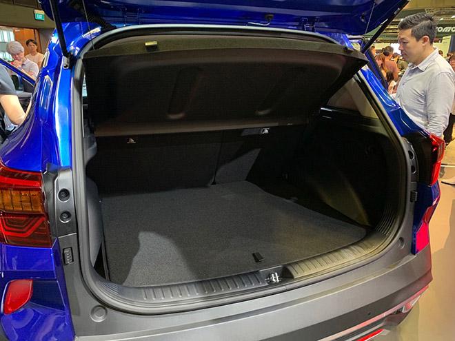 Kia seltos ra mắt tại Singapore, mẫu SUV cỡ nhỏ dự kiến bán ra vào quý II năm nay - 7
