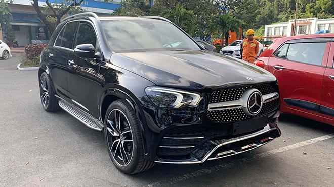 Cận cảnh Mercedes-Benz GLE máy dầu tại Việt nam, giá bán 6,3 tỷ đồng - 1