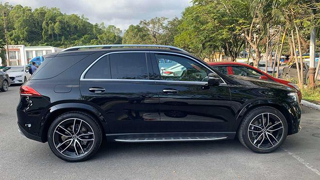 Cận cảnh Mercedes-Benz GLE máy dầu tại Việt nam, giá bán 6,3 tỷ đồng - 4
