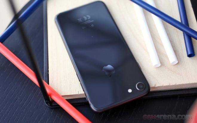 iPhone 9 sẽ có màn hình lớn hơn iPhone 8, có Face ID - 2