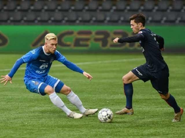 Văn Hậu đá 45 phút cho Heerenveen: Giải nguy xuất thần, mang về chiến thắng - 1
