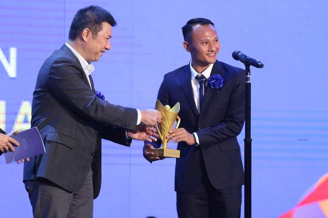 Thầy Park & U22 Việt Nam đoạt giải, Văn Hậu thua kình ngư 19 tuổi ở Cúp chiến thắng - 1