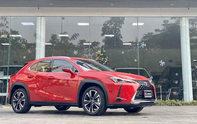 Cận cảnh Lexus UX 2020 vừa về Việt Nam, giá khoảng 2 tỷ đồng - 2