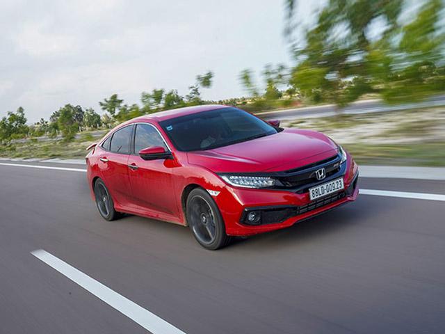 Top 5 sedan giá dưới 1,5 tỷ đồng để du xuân chơi Tết
