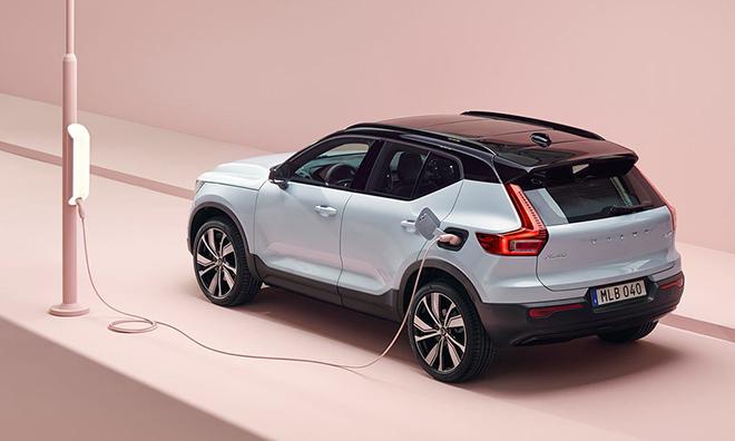 XC40 Recharge - mẫu xe điện đầu tiên của Volvo bùng bổ đơn đặt hàng, giá bán từ 1,39 tỷ đồng - 2