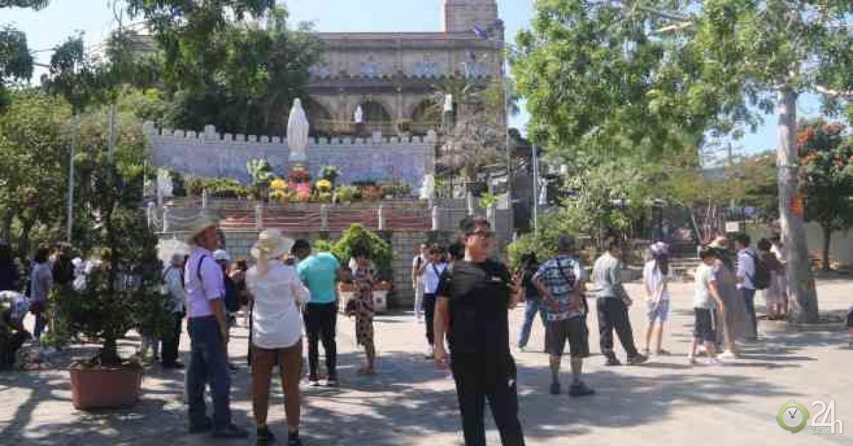 Khánh Hòa ngừng đón khách Trung Quốc vì virus Corona Vũ Hán - Tin tức 24h