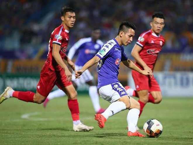 Bóng đá Việt Nam đau đầu với đại dịch virus Corona