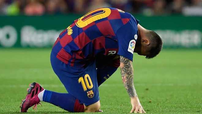 Barca tan hoang lực lượng: Messi phải nén đau đá, công khai chỉ trích CLB