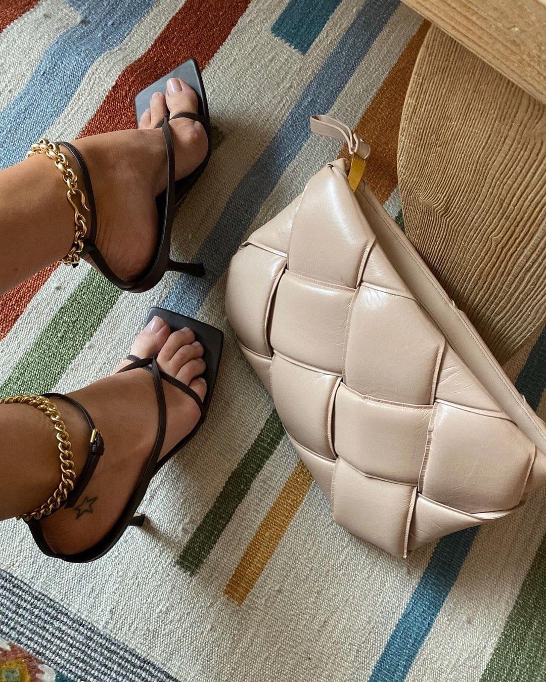 Những chiếc túi đáng ham muốn của vợ 'người vận chuyển' Jason Stathamp - 6