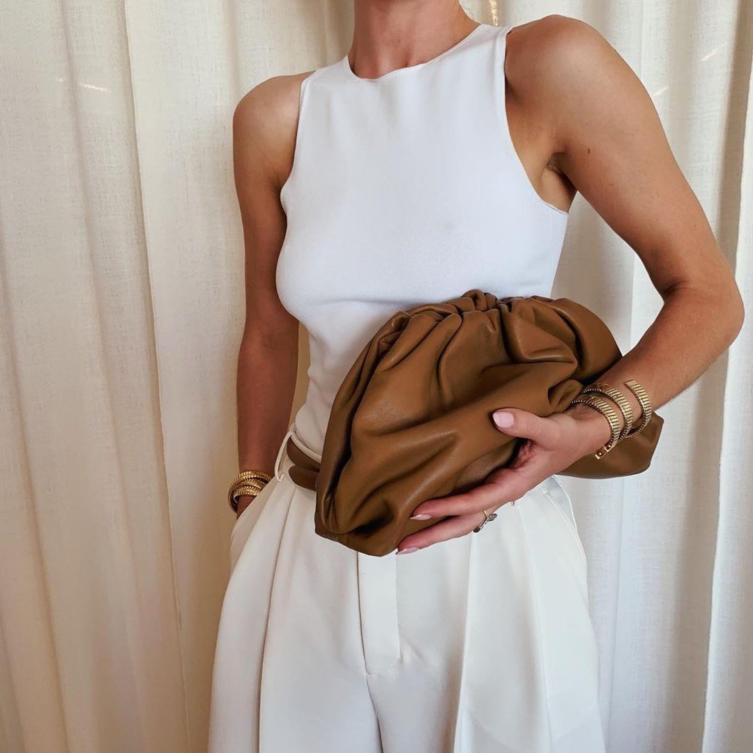 Những chiếc túi đáng ham muốn của vợ 'người vận chuyển' Jason Stathamp - 8