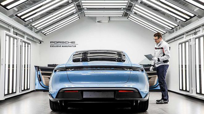Chiêm ngưỡng diện mạo hoàn toàn khác của Porsche Taycan với gói Sport Design