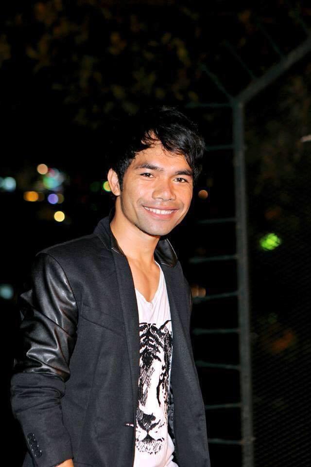 Sao Vietnam Idol: Quán quân về quê chăn lợn, top 4 lại kiếm tiền