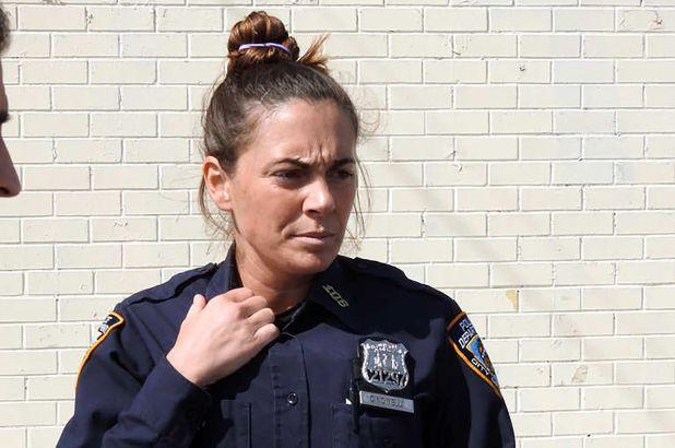 Âm mưu thâm độc của nữ cảnh sát thuê sát thủ giết chồng và con gái người tình - 1