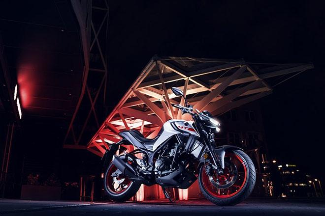 """Yamaha MT-03 định ngày ra mắt tại Đông Nam Á: giá cũng sẽ """"mềm"""" - 5"""